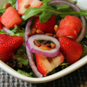 Arugula strawberry and watermelon salad with balsamic vinegar glaze 280x280
