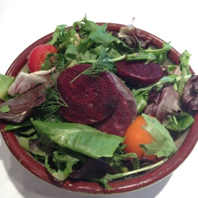 Roasted beet and asparagus salad 280x280