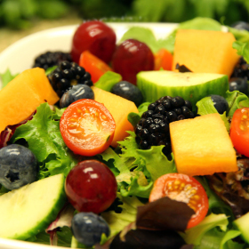 Tossed salad with fresh fruit and berries 280x280